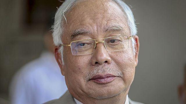 Cựu Thủ tướng Malaysia bạo tay chi 800.000 USD mua trang sức trong 1 ngày ảnh 1