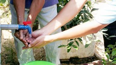 Hỗ trợ để người dân đóng 300.000 giếng khoan ở nông thôn ảnh 1
