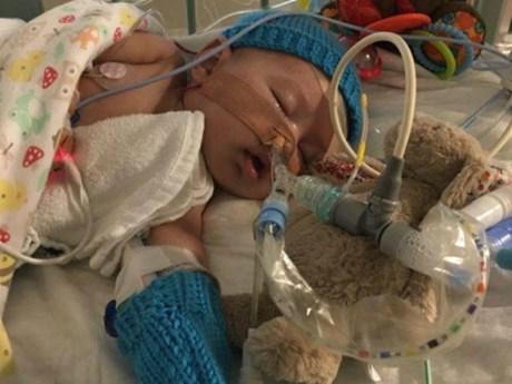 Trung Quốc ghép tim thành công cho bé gái hơn 2 tháng tuổi ảnh 1