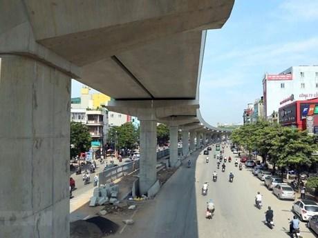 Phân luồng giao thông để lắp thang máy ga đường sắt Nhổn-ga Hà Nội ảnh 1