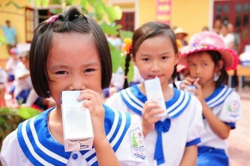 Sữa học đường phải đảm bảo 21 vi chất dưới đây ảnh 1