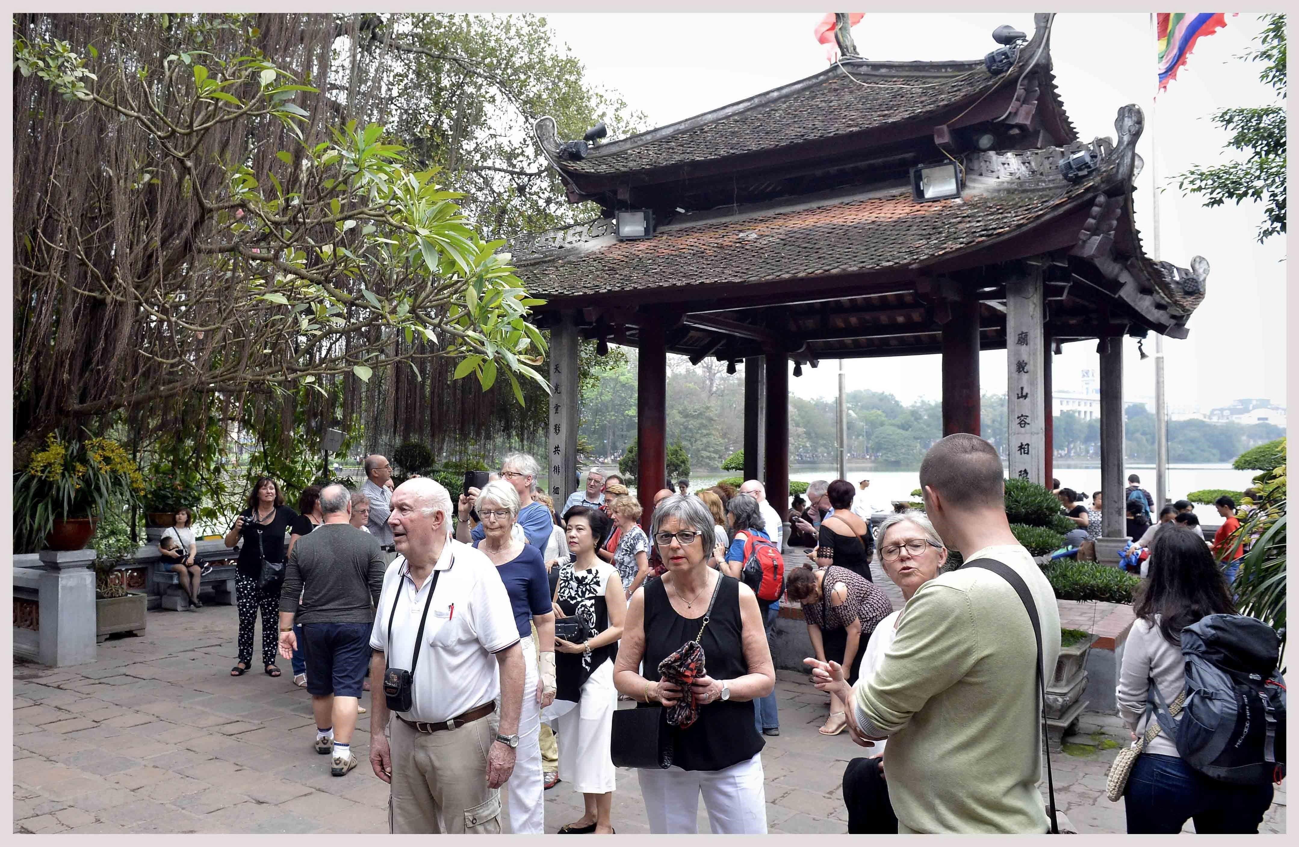 Thủ đô Hà Nội là thành phố du lịch chi tiêu rẻ nhất ở châu Á ảnh 1