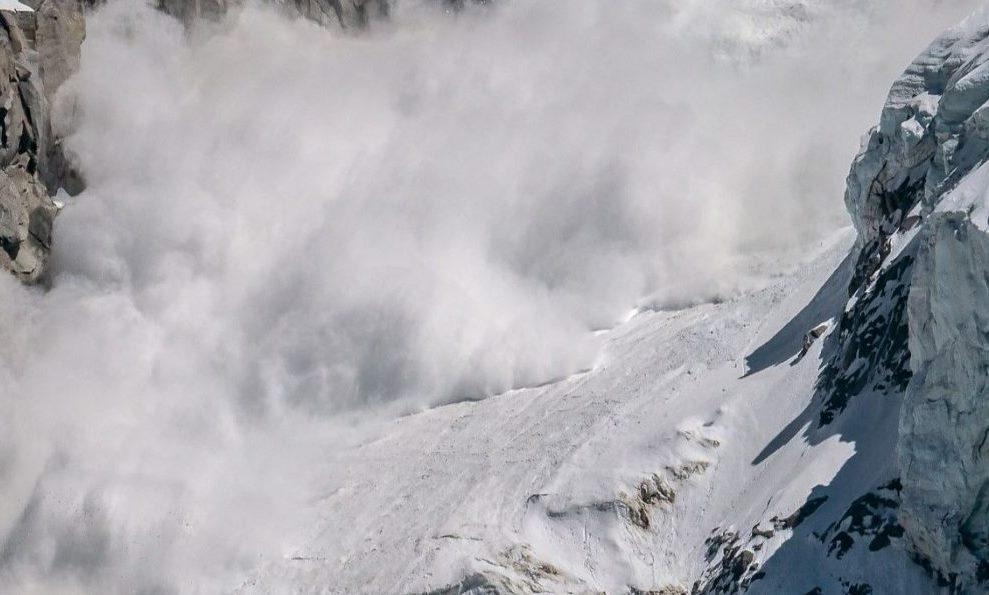 Nhiều công dân Hàn Quốc mất tích do lở tuyết khi leo núi Himalaya ảnh 1