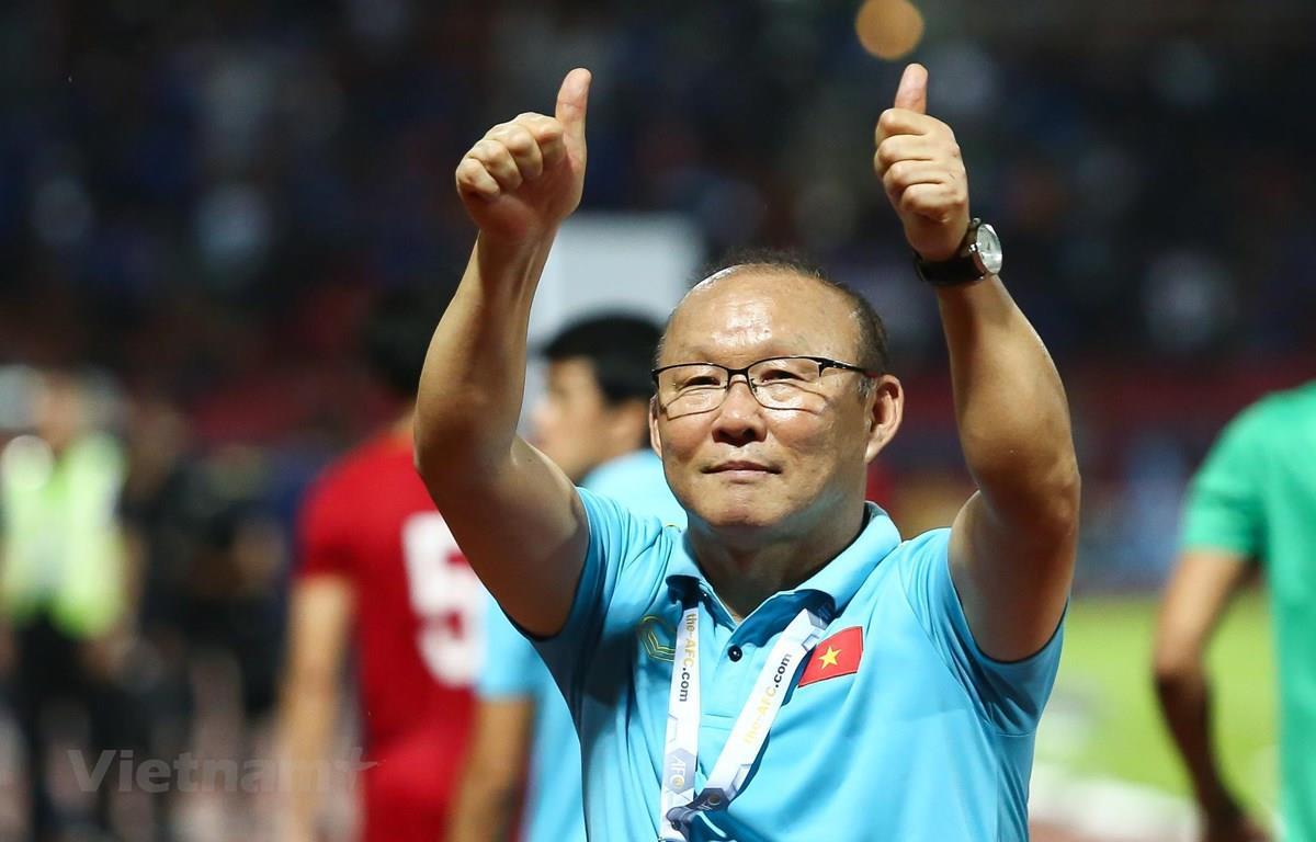 Bộ Y tế: HLV Park Hang Seo và vợ sẽ được giám sát y tế chặt chẽ ảnh 1