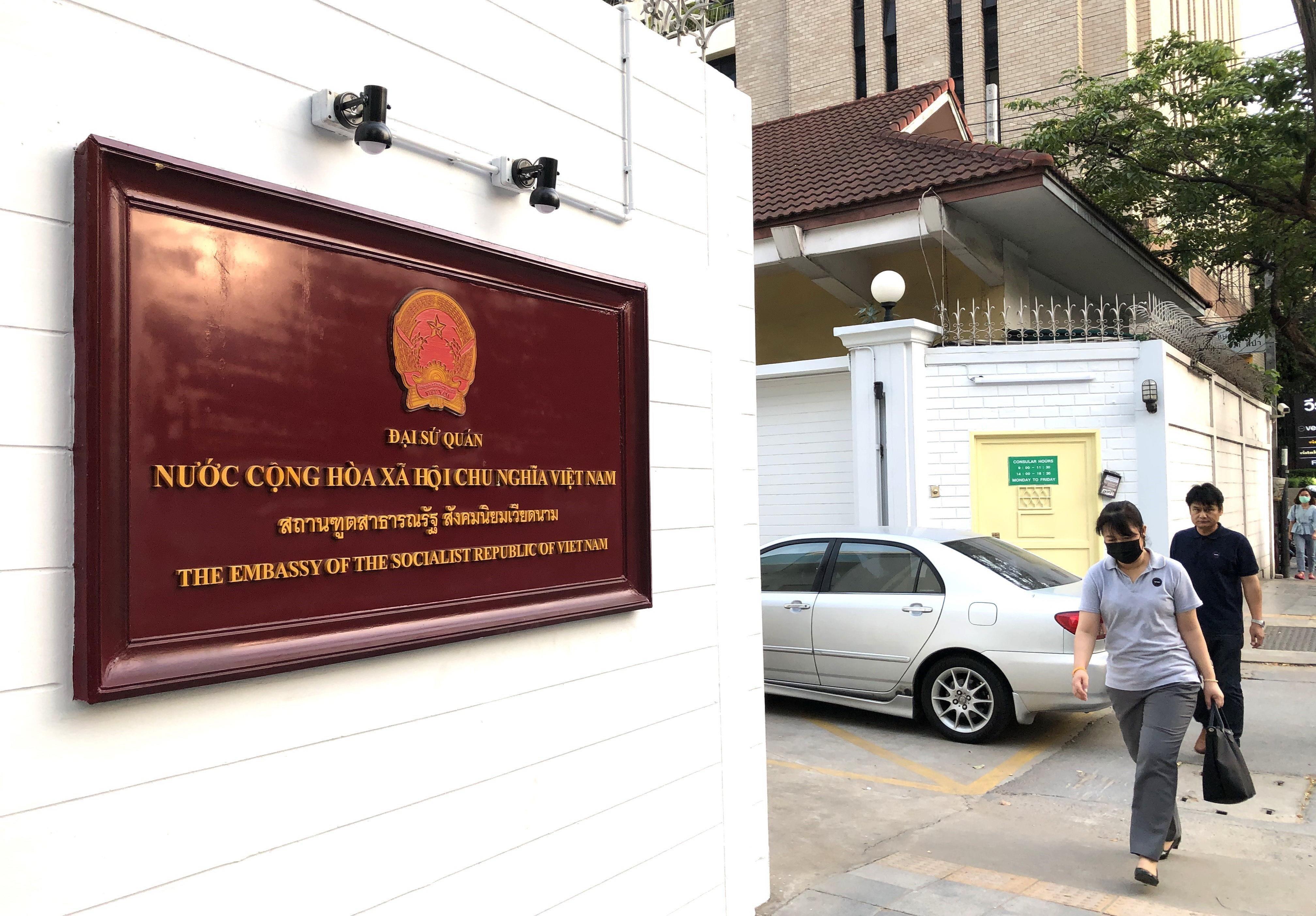 Khuyến nghị người Việt tại Lào, Thái Lan bình tĩnh và hạn chế đi lại ảnh 1