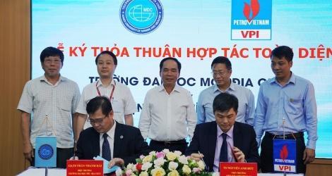 Viện Dầu khí Việt Nam hợp tác toàn diện với Đại học Mỏ - Địa chất ảnh 1