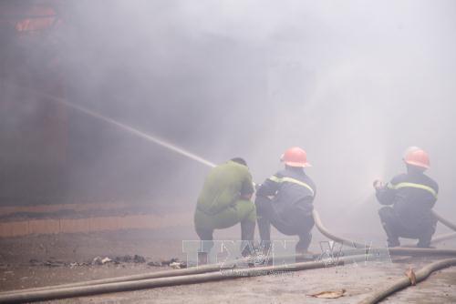 Thừa Thiên - Huế: Cháy lớn thiêu rụi cơ sở thu mua phế liệu ảnh 1