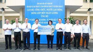 Cán bộ, công chức TP.HCM góp 1 ngày lương cho Quỹ Vì biển đảo