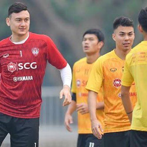 Thủ thành Văn Lâm hết cơ hội dự AFF Cup 2020?