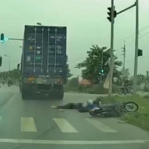 Bỏ đi sau khi cán chết người, tài xế xe container bị khởi tố