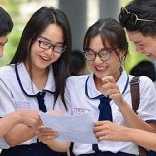 Môn Văn và Vật lý ít điểm 10 nhất, môn Giáo dục Công dân nở rộ điểm 10