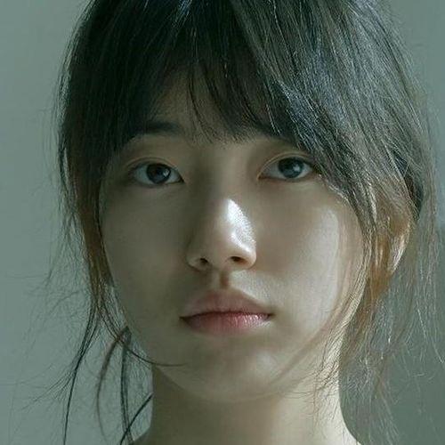 Đỉnh cao mặt mộc chính là Suzy: Ảnh ngái ngủ phụng phịu vẫn được khen đẹp như nàng thơ