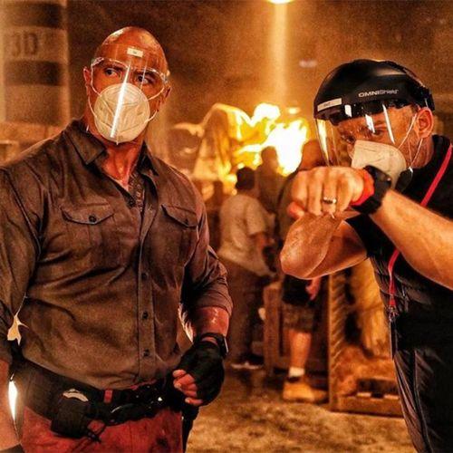 Hình ảnh hậu trường phim mới của The Rock