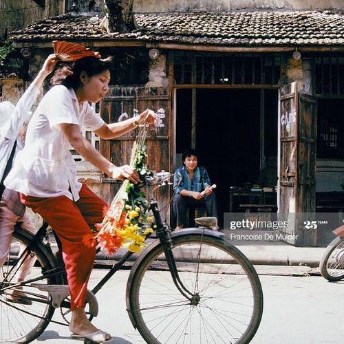 Hà Nội năm 1989 cực 'chất' qua ảnh của phóng viên Pháp