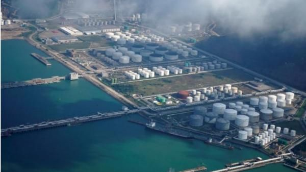 Nhập khẩu dầu thô của Trung Quốc tăng vọt vào năm ngoái bất chấp dịch bệnh hoành hành