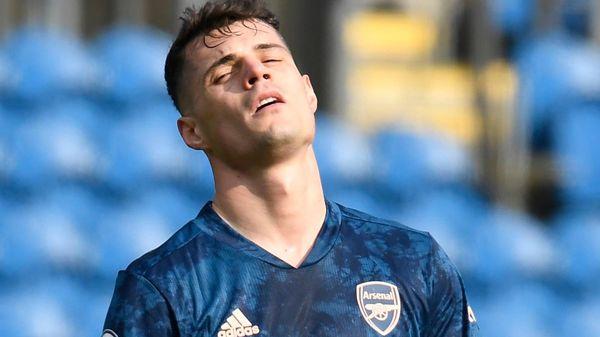 Arsenal rơi chiến thắng vì sai lầm của Xhaka