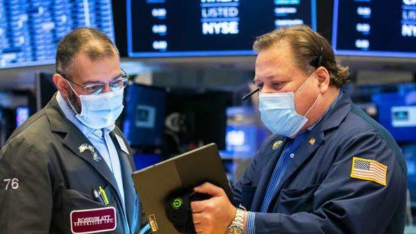 Chứng khoán Mỹ: Hồi phục sau đợt bán tháo mạnh, Nasdaq vẫn chốt tuần giảm hơn 2%