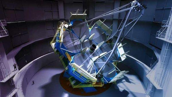 Tấm gương thứ 6 đang được đúc cho kính viễn vọng lớn nhất thế giới Magellan