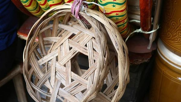 Chuyện cực thú vị về cái rế của người Việt xưa