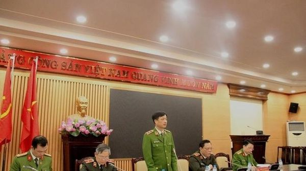 Thủ trưởng các đơn vị thường xuyên kiểm tra trực tiếp tại các điểm cấp CCCD