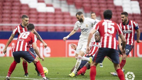 Real và Atletico kết thúc trận derby Madrid một cách kịch tính