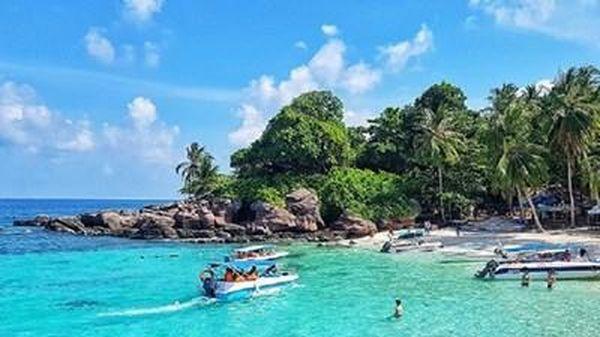 'Việt Nam: Đi để yêu! – Bao la biển gọi'