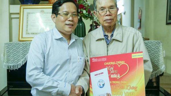 'Mai Vàng nhân ái' thăm nhà văn Ma Văn Kháng, Nguyễn Khắc Trường và thắp hương tưởng nhớ nhà văn Nguyễn Huy Thiệp