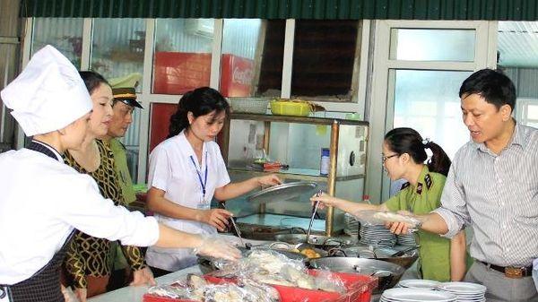 Hà Nội: 20 tổ chức, cá nhân vi phạm lĩnh vực nông nghiệp bị xử phạt gần 400 triệu đồng