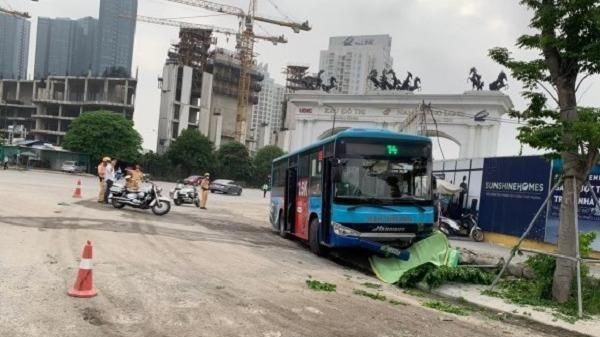 Tin giao thông đến sáng 8/4: Xe buýt tông tử vong nam thanh niên; ô tô 'điên' khiến 2 người chịu nạn