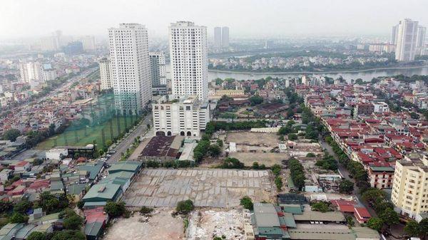 Quy hoạch bãi xe thành cao ốc vì lợi ích của ai?