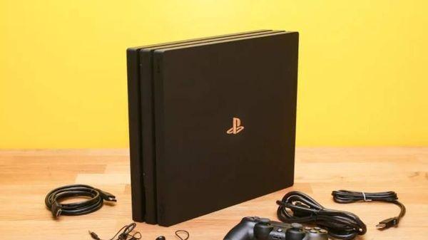 Có nên mua Sony PlayStation 4 Pro lúc này?