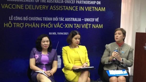 Việt Nam nâng cao an toàn tiêm chủng vắc-xin COVID-19 hơn một số quốc gia khác