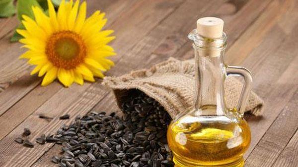 5 công dụng tuyệt vời của dầu hướng dương trong việc làm đẹp