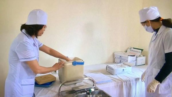Nam Định tiếp nhận 9.600 liều vaccine phòng Covid-19