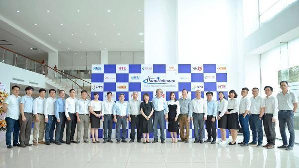 Tuổi 20, Hanoi Telecom nhắm đích doanh nghiệp viễn thông hàng đầu