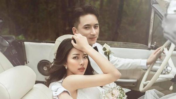 Vợ chồng Phan Mạnh Quỳnh tung ảnh cưới ngọt ngào tại Đà Lạt