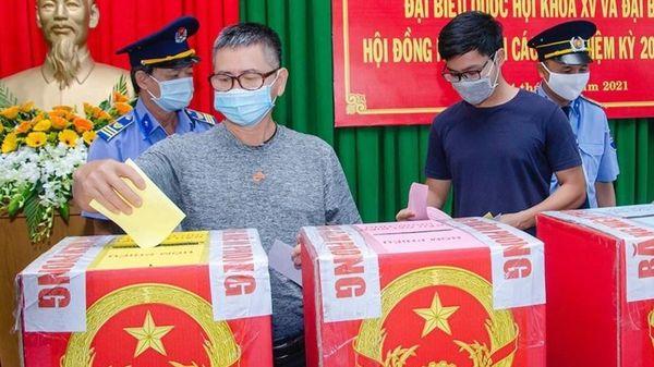 Hơn 1.000 cử tri Bà Rịa - Vũng Tàu đi bầu cử sớm