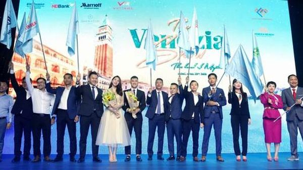 Hưng Vượng ký kết đối tác phân phối dự án Venezia Beach