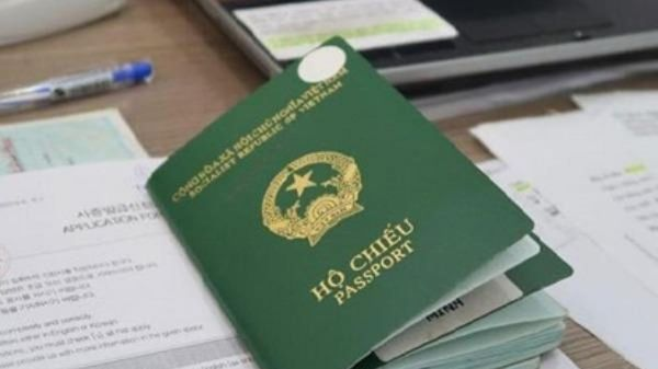 Xác định người có quốc tịch Việt Nam và điều kiện được nhập quốc tịch Việt Nam