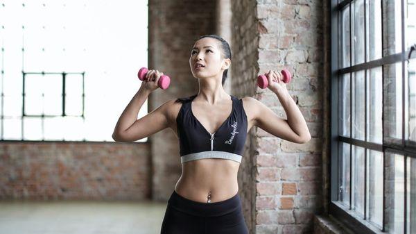 Thử sức với 9 bài tập kickboxing hiệu quả tại nhà