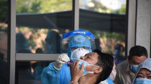 Đà Nẵng:Gần 1.400 người làm việc ở Trung tâm hành chính được xét nghiệm COVID-19