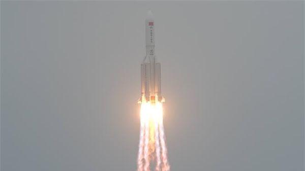 Tên lửa đẩy Trung Quốc đi vào bầu khí quyển Trái Đất, rơi gần Maldives trên Ấn Độ Dương