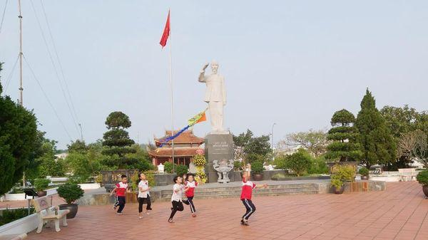 Phát huy giá trị Khu lưu niệm Chủ tịch Hồ Chí Minh