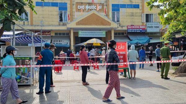 Chợ Đống Đa ở Đà Nẵng hoạt động trở lại