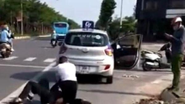Tìm 1 người dân để khen thưởng trong vụ đại úy công an đứng nhìn tài xế taxi bắt cướp