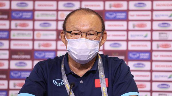HLV Park: 'Đội tuyển Việt Nam sẽ chơi lạnh lùng trước Malaysia'