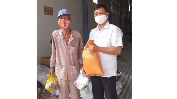 'Tây Ninh chung tay vì người nghèo - Không để ai bị bỏ lại phía sau'