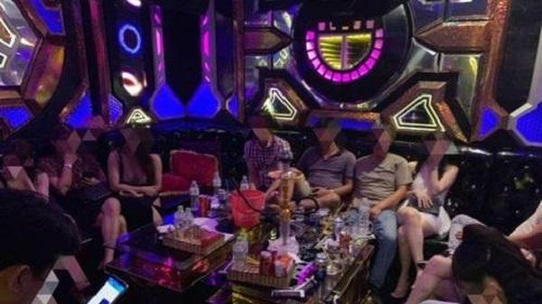 Quán karaoke ở Hải Phòng mở cửa cho khách 'chơi' ma túy giữa mùa dịch
