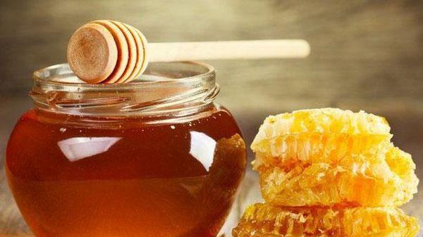 3 cách trị nám hiệu quả với mật ong
