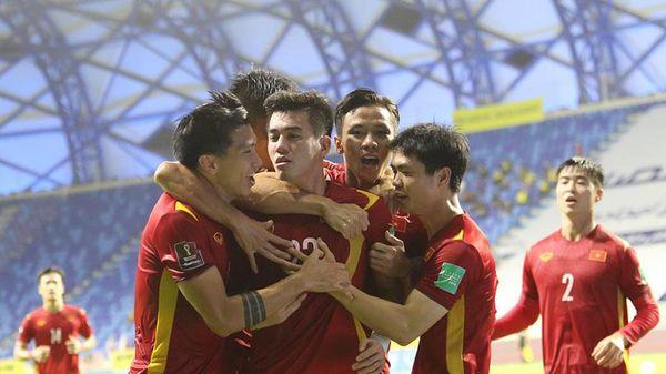 Video bàn thắng Việt Nam 2-1 Malaysia